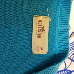 Hollister Sweaters - Juniors Size M HOLLISTER sweater